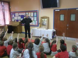 'Our Lady' Icon visits Holy Family